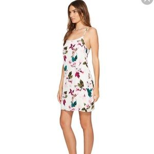 1 State Floral White Dress- stunning